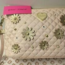 Betsey Johnson Large Wristlet Purse Clutch Quilted Blush/gold Raised Flowers Nwt Photo