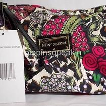 Betsey Johnson Triangle Wristlet  Junk in the Trunk Cheetah Photo
