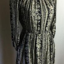 Billabong 3/4 Sleeve Black and White Dress Elastic Photo