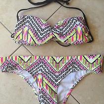 Billabong Bikini Size Med Photo