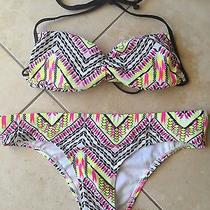 Billabong Bikini Size Med Photo