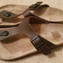 Birkenstock Gizeh Brown Sandal Photo