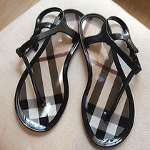 Biurberry Sandals Size 7 Photo