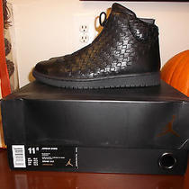 Black/black Woven Jordan Shine Photo