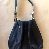 Black Gucci Shoulder Bag Photo
