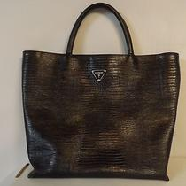 Black Guess Handbag Photo