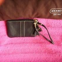Black Leather Coach Wrist Let Purse Photo