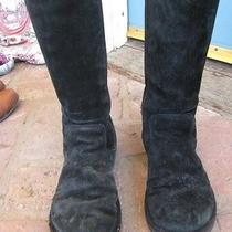 Black Uggs Photo