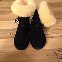 Black Uggs Size 4 Never Worn  Photo