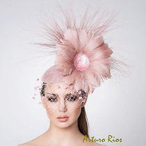 Blush Pink Fasciantor Cocktail Hat Kentucky Derby Hat Melbourne Cup Hats. Photo