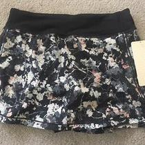 Bnwt Lululemon Spring Bloom Multi/black Pace Rival Skirt  Size 10-Ummu/blk Photo