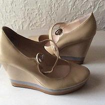 Boutique9 Platform Beige Shoes Photo