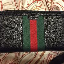 Brand New Beautiful Gucci Wallet Photo