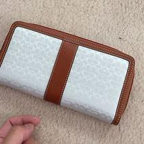 Brand New Coach Wallet  Photo