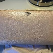 Brand New Fossil New Sydney Zip Clutch Wallet (Champagne) 70 Photo