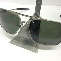Brand New Oakley Deviation Oo4061-30 Silver Sunglasses Light / Dark Grey Lens Photo