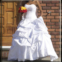 Brand New Oleg Cassini Satin Wedding Dress/gown Ct291. Unaltered Sz 8. Free Veil Photo