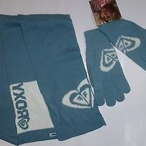 Brand New Roxy Women Gloves   Scarf Set - Pale Blue Photo