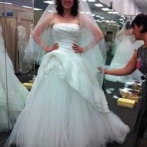 Brand New Vera Wang Wedding Gown Photo