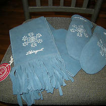 Brand New Womens Blue Life Is Good Scarf & Matching Mittens/gloves Size Osfm Photo
