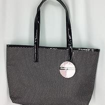 Brentwood Beauty Laboratories Blushing Rose Tote Handbag Photo