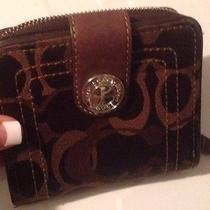Brown Coach Wallet Photo