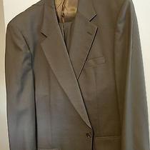 Burberry Beige Suit Photo
