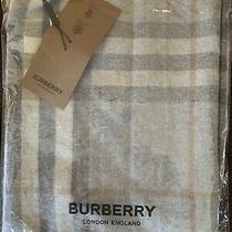 Burberry Check Classic Cashmere Scarf -Light Gray Photo