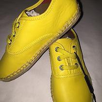 Burberry Children's Mulloy Shoes Photo