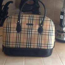 Burberry Lady's Purse Photo