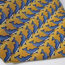 Burberry London Dolphin Porpoise Marine 100% Silk Tie Gold Yellow Blue Animal Photo