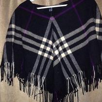 Burberry Pancho Photo