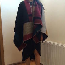 Burberry Pocho Blanket 2014 Collection Photo