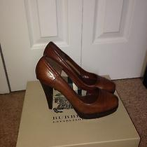 Burberry Pumps Photo