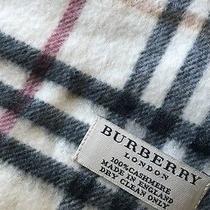Burberry Scarf  Photo