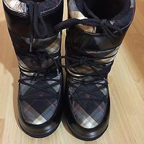 Burberry Snow Boots Photo