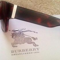 Burberry Sunglasses Photo