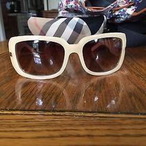Burberry Sunglasses Photo