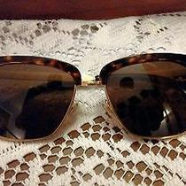 Burberry Sunglasses (Trench Collection) Authentic Photo