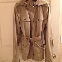 Burberry Trench Photo