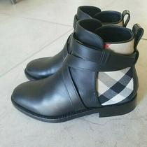 Burberry Womens Size 37 (Us 7) Leather Flat Ankle Boots House Check Black Photo