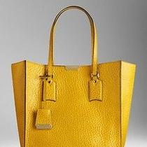 Burberry Yellow Leather Tote Photo