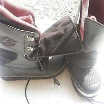 Burton Snow Boots 'Work' Photo