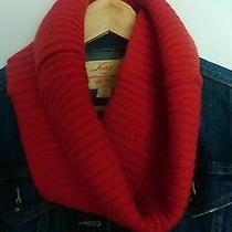 Cacharel Red Wool Snood Photo