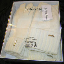 Calvin Klein  3 Pc Set-Hatscarf & Gloves- White - Boxed-New W/tags Logo Tag Photo
