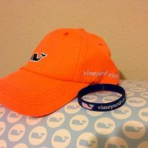 Cap & Bracelet Vineyard Vines.  Photo