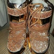 Cape Robbin  Rose Gold  Blush Color Slip on Cozy Flat Winter Boot Size 6 Photo