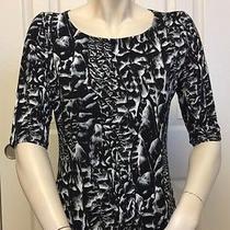 Carmen by Carmen Marc Valvo Women's Black & White Geometric Print Top Size M Photo
