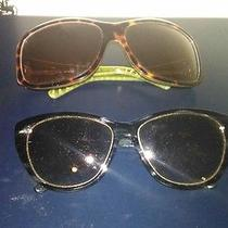 Carmen Marc Valvo and Betsey Johnson Sunglasses Photo