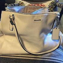 Champagne Winter White Coach Bag Photo